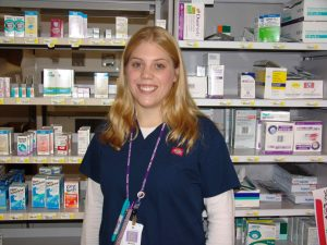 This pharmacy technician student extern enjoys working one-on-one with patients, insurance agencies and a certified pharmacist in her new job.