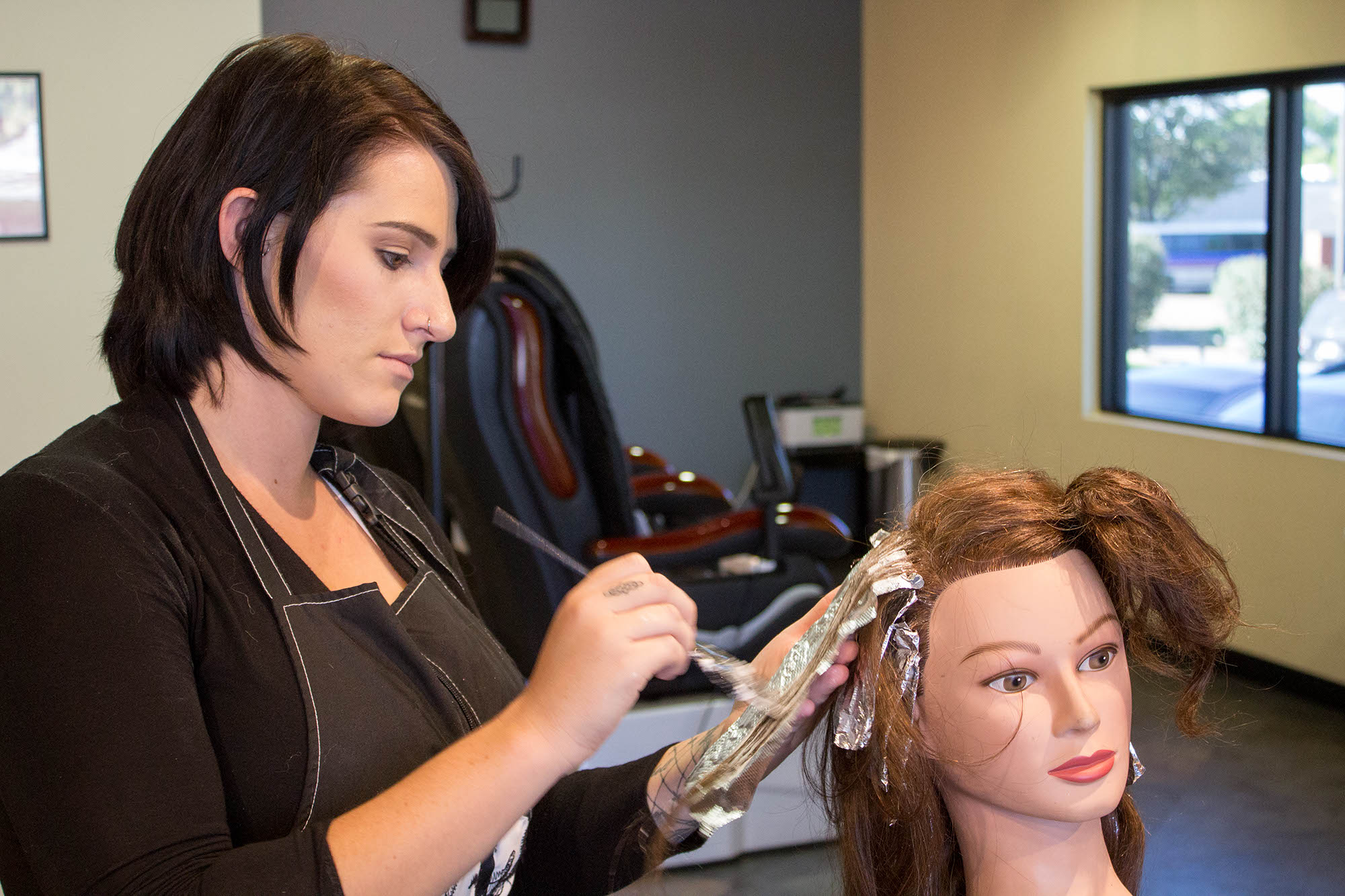 Hair Styling Classes For Makeup Artists Magnificent Hairstyling Classes & Certificate Program  Hair Cutting School In .