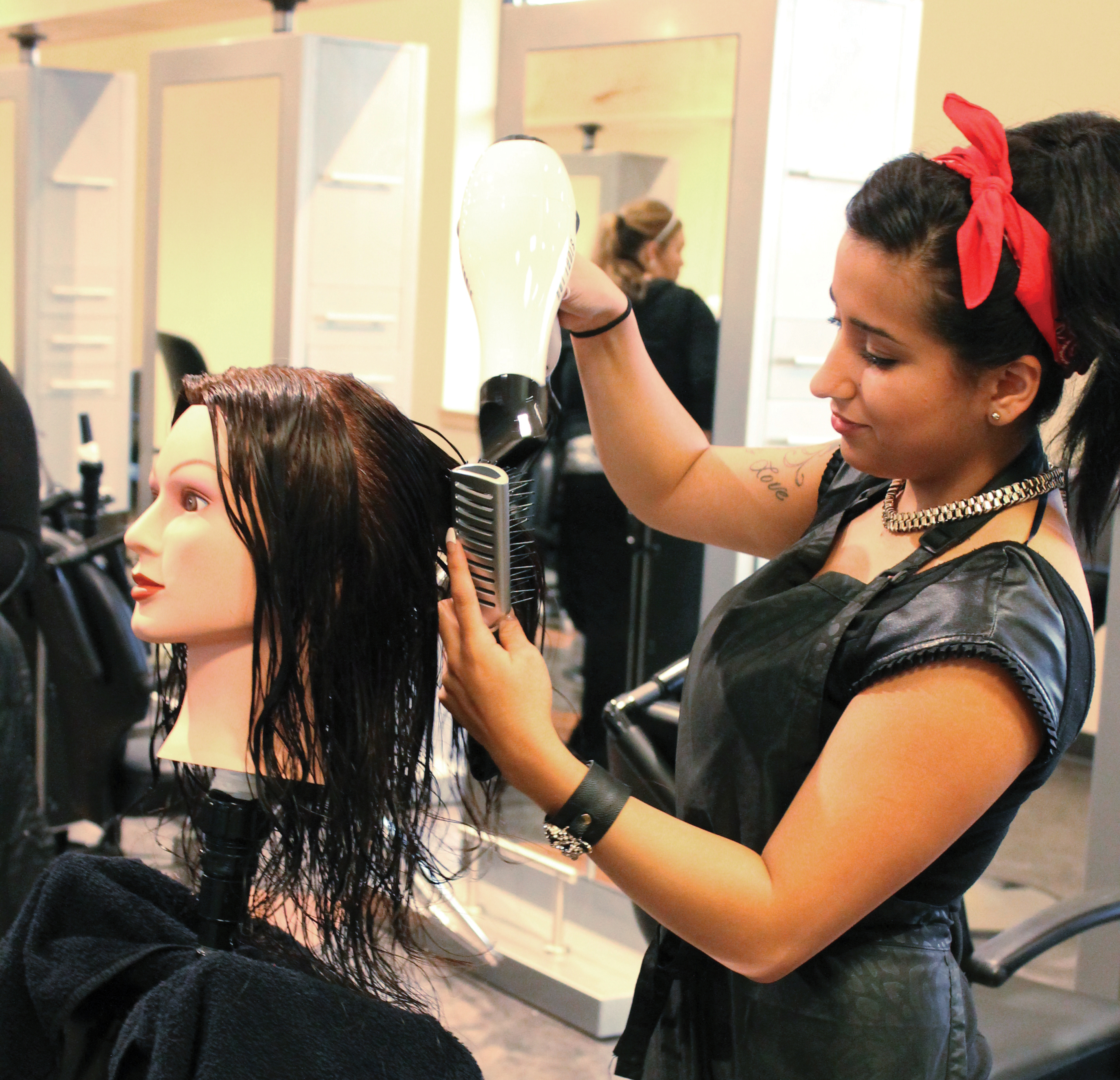 Hair Styling Classes For Makeup Artists Beauteous Hairstyling Classes & Certificate Program  Hair Cutting School In .